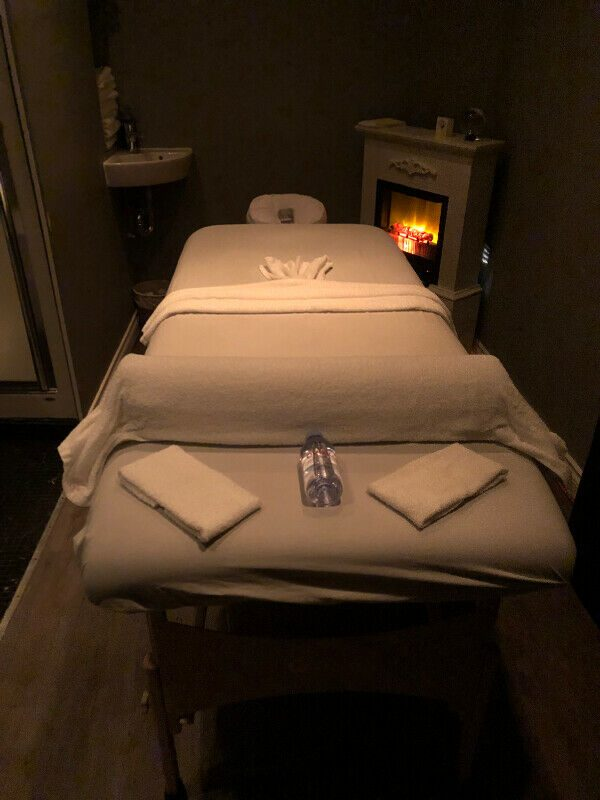 MASSAGE  ROOM.1..jpg